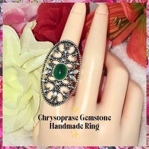 🆒 Chrysoprase Gemstone Vintage Artisan Halo Ring